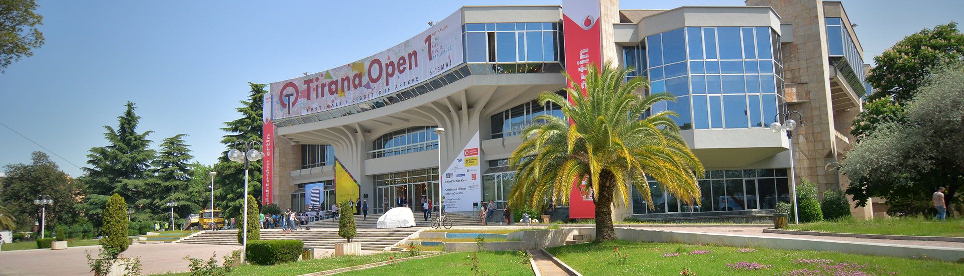 slide-tirana-open1